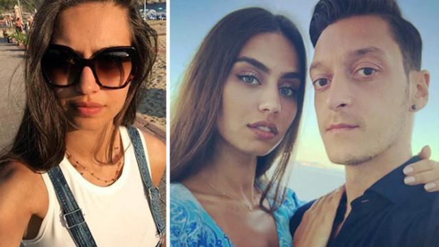 Amine Gülşe ve eşi Mesut Özil damar şarkılarla aşka geldi