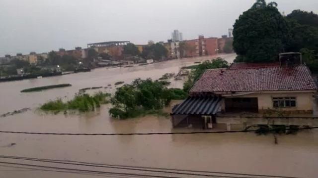Brezilya'da sel felaketi can aldı!