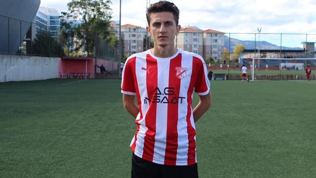 Futbolcu Hakan Sandıkçı evinde ölü bulundu