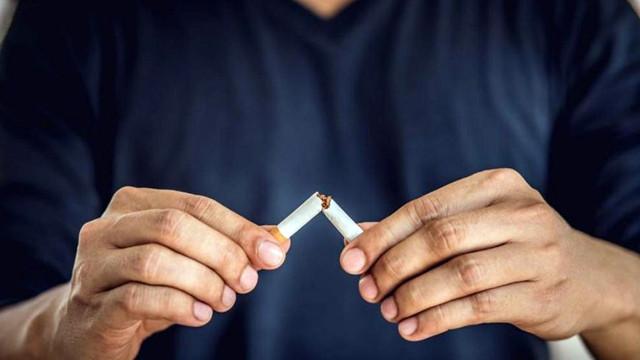 Sigaraya zammını duyanlar sigara bırakma hattına koştu!