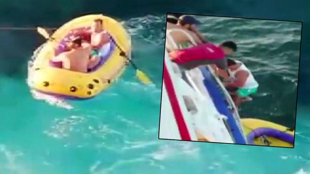 Marmara Denizi'nde şişme botla dehşeti yaşadılar!