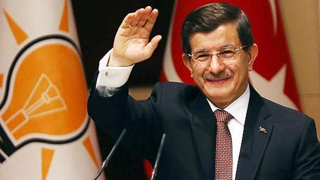 """Eski Başbakan Ahmet Davutoğlu: """"Tehdit alıyorum"""""""