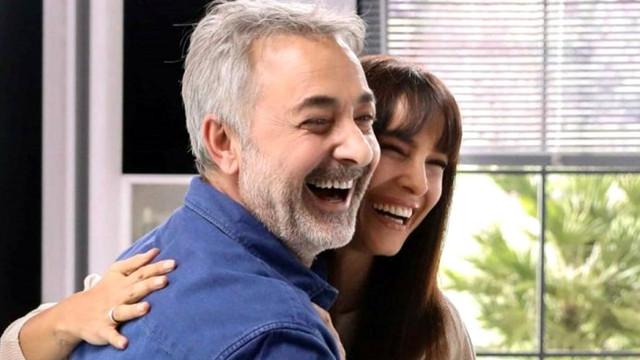 Arzum Onan ve Mehmet Aslantuğ'dan aşk pozu