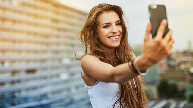 Çok selfie çeken 'çok az' seviliyor!