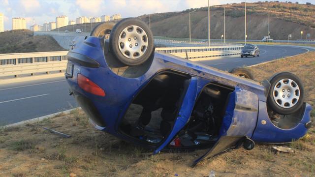 Başakşehir'de otomobil takla attı!