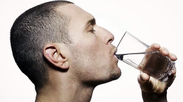 Su sadece yazın içilmez!