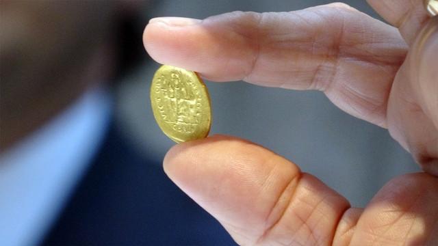 Çanakkale'de bin 500 yıllık Bizans definesi bulundu