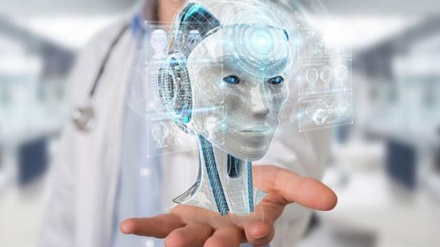 Robot doktorlar yolda!