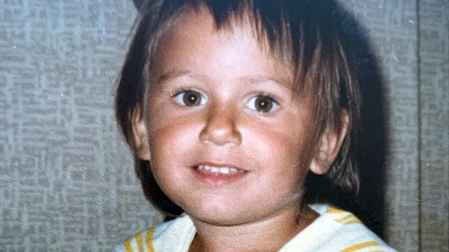 Güzel ismin çocukluk fotoğrafı herkesi şaşırttı!