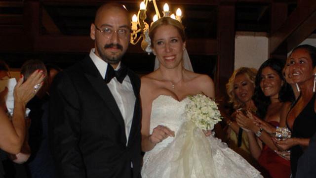 Umut Kırca eşinden boşandı!