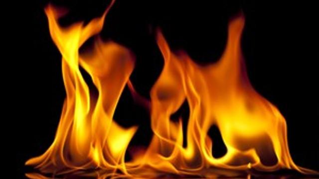 Başkentte boya fabrikasında yangın!