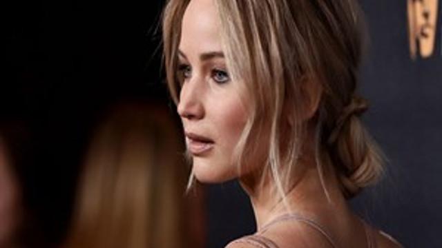 "Jennifer Lawrence: ""Röntgenci gibiyim!"""