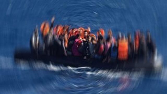 KKTC'de mülteci gemisi battı!