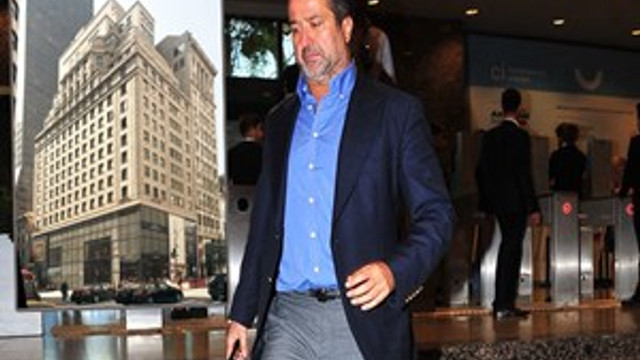 Amerika'da 135 milyon dolara Gucci binasını aldı