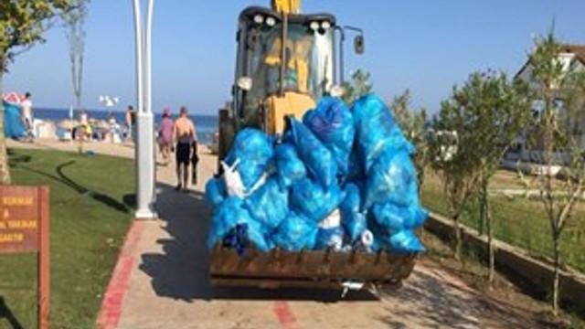 Kocaeli sahillerinde 945 ton çöp toplandı