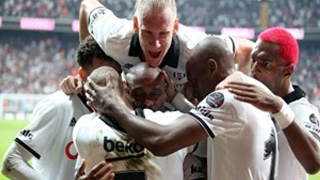 Beşiktaş evinde uçtu