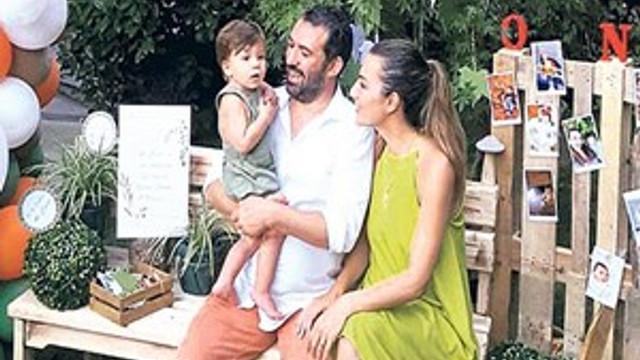 Burcu Kara'nın oğlu 1 yaşına bastı
