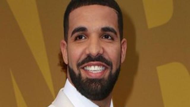 Drake bıraktığı bahşişle şok etti