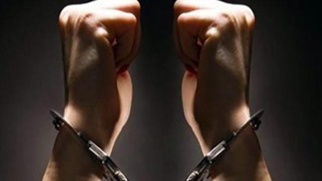 'Mahrem imam' ve eski eşine FETÖ üyeliğinden hapis