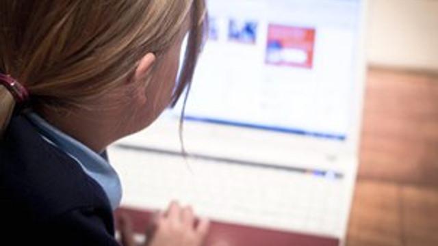 Çocuklarımızı tehdit eden internet bağımlılığı