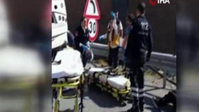 İzmir'de down sendromluları taşıyan midibüs devrildi!
