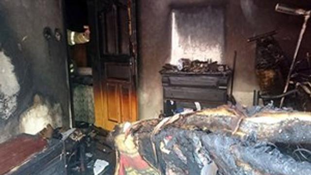 Evde çakmakla oyun, yangınla sonuçlandı!
