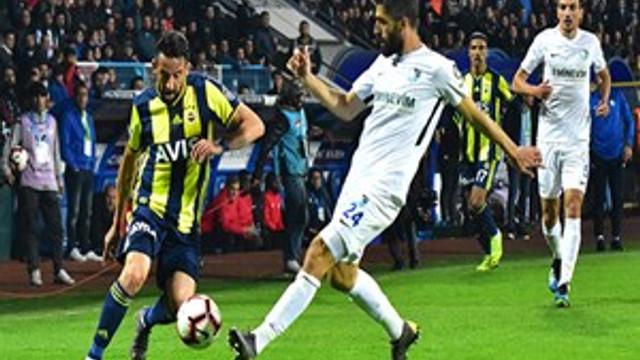 Fenerbahçe deplasmanda 3 puanı tek golle aldı