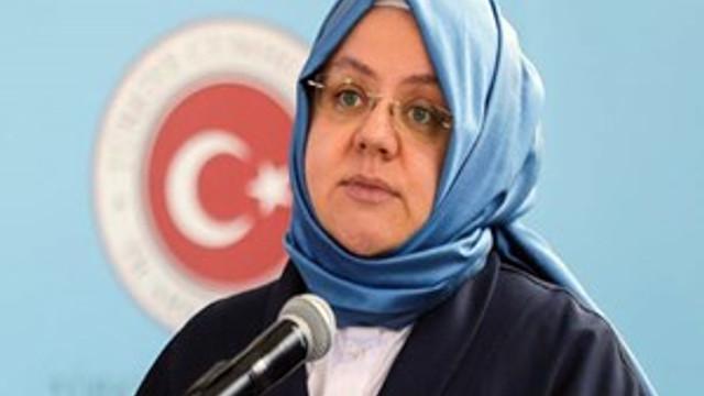 """Bakan Selçuk'tan flaş """"işsizlik ödeneği"""" açıklaması"""