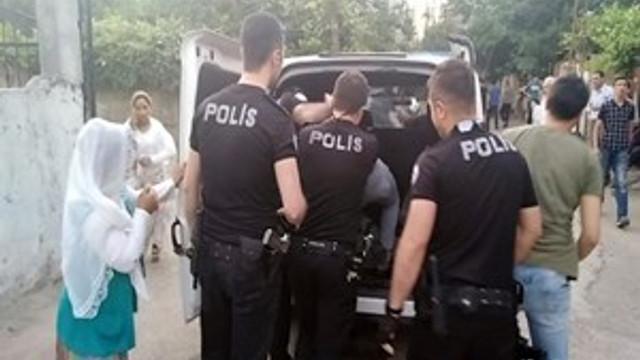 Adıyaman'da polislere makaslı saldırı