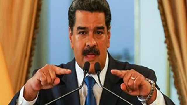 """Nicolas Maduro: """"Kesilmesi gereken kafaları keseceğiz"""""""