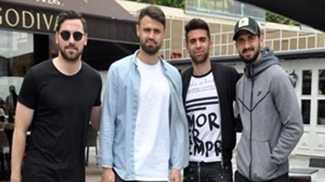 Galatasaraylı futbolcular derbi öncesi moral depoladı