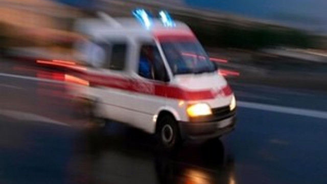 Balkondan düşen genç kadın hayatını kaybetti