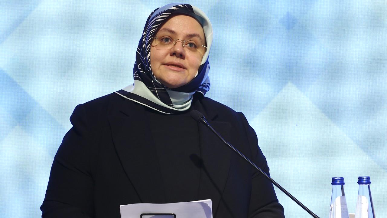 Bakan Zehra Selçuk'un Corona virüs testi pozitif çıktı