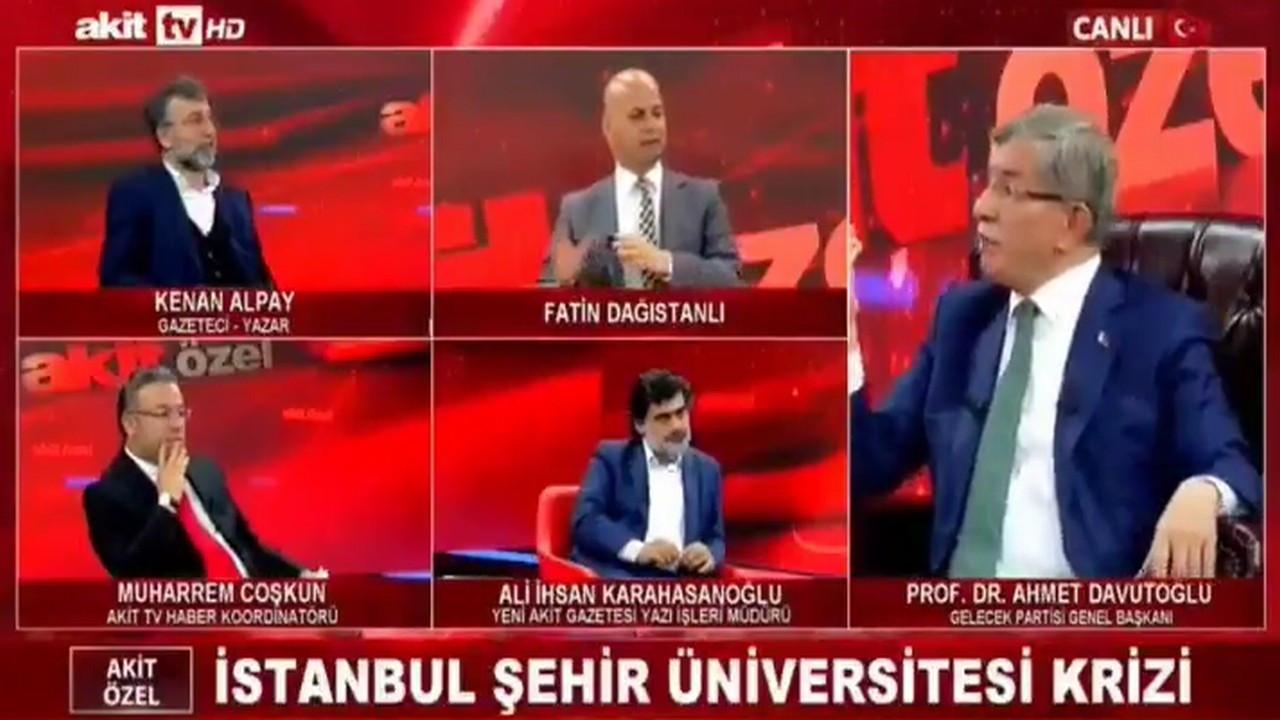 Akit yazarı canlı yayında Ahmet Davutoğlu'nu çıldırttı