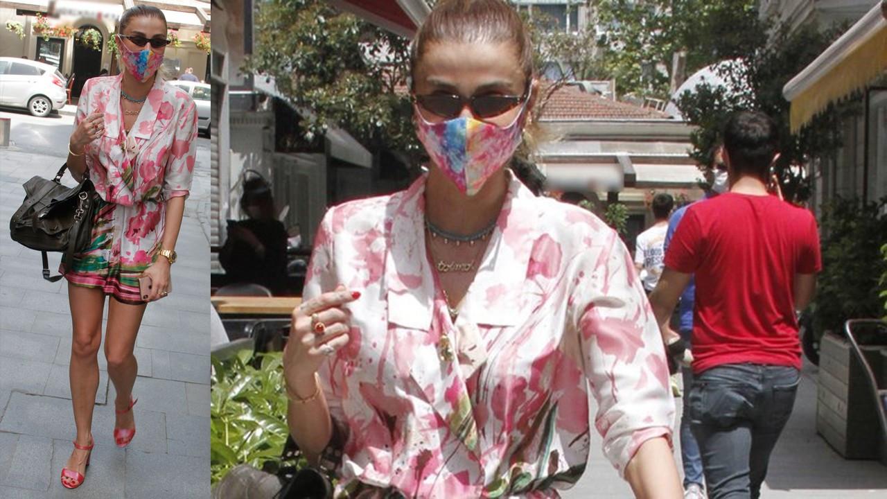 Özge Ulusoy'dan esprili maske hatırlatması