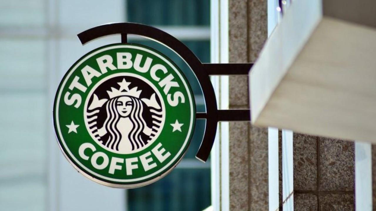 Starbucks 400 şubesini kapatıyor!