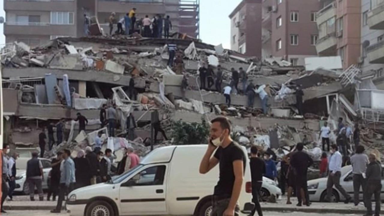 İzmir'i çok daha büyük bir deprem vurabilir!