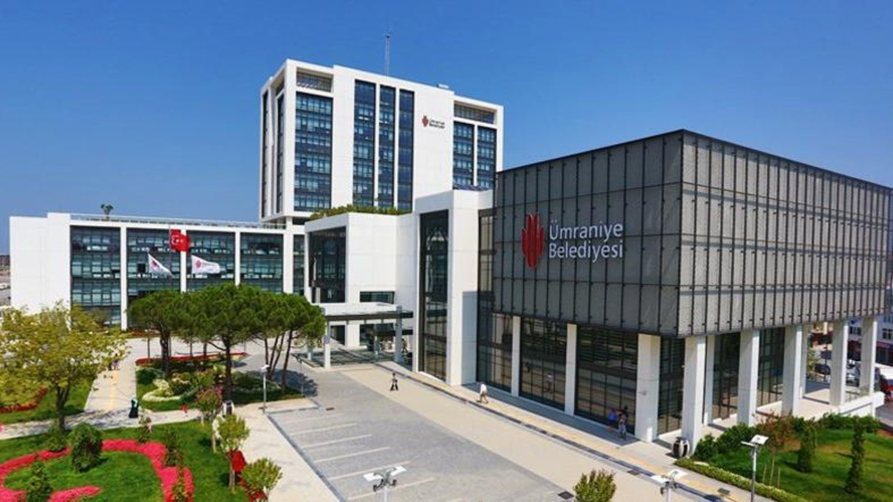 AKP'li 5 belediyenin portal ihalesi AKP'li firmaya gitti