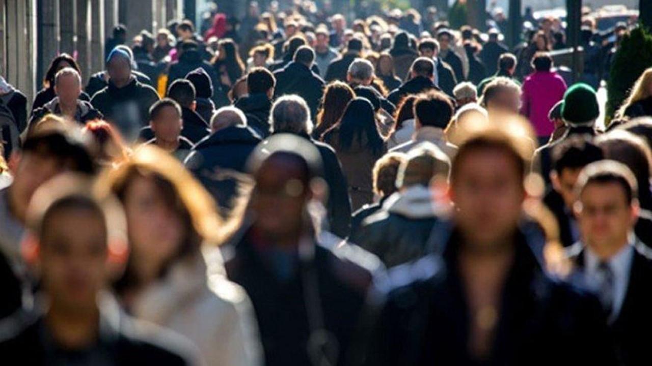 Pandemi sonrası kalabalığa karışmak kolay olacak mı?