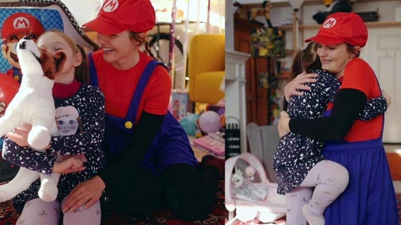 Meryem Uzerli kızı için Super Mario oldu