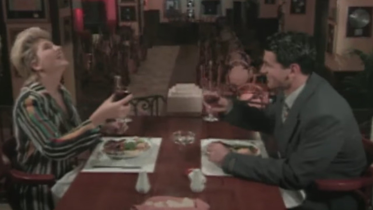 Karahan Çantay ve Sibel Can'ın unutulmaz klibi