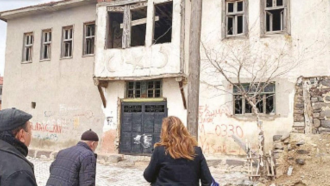 Şok!.. Atatürk Evi ile Zafer Müzesi çürümeye bırakıldı!