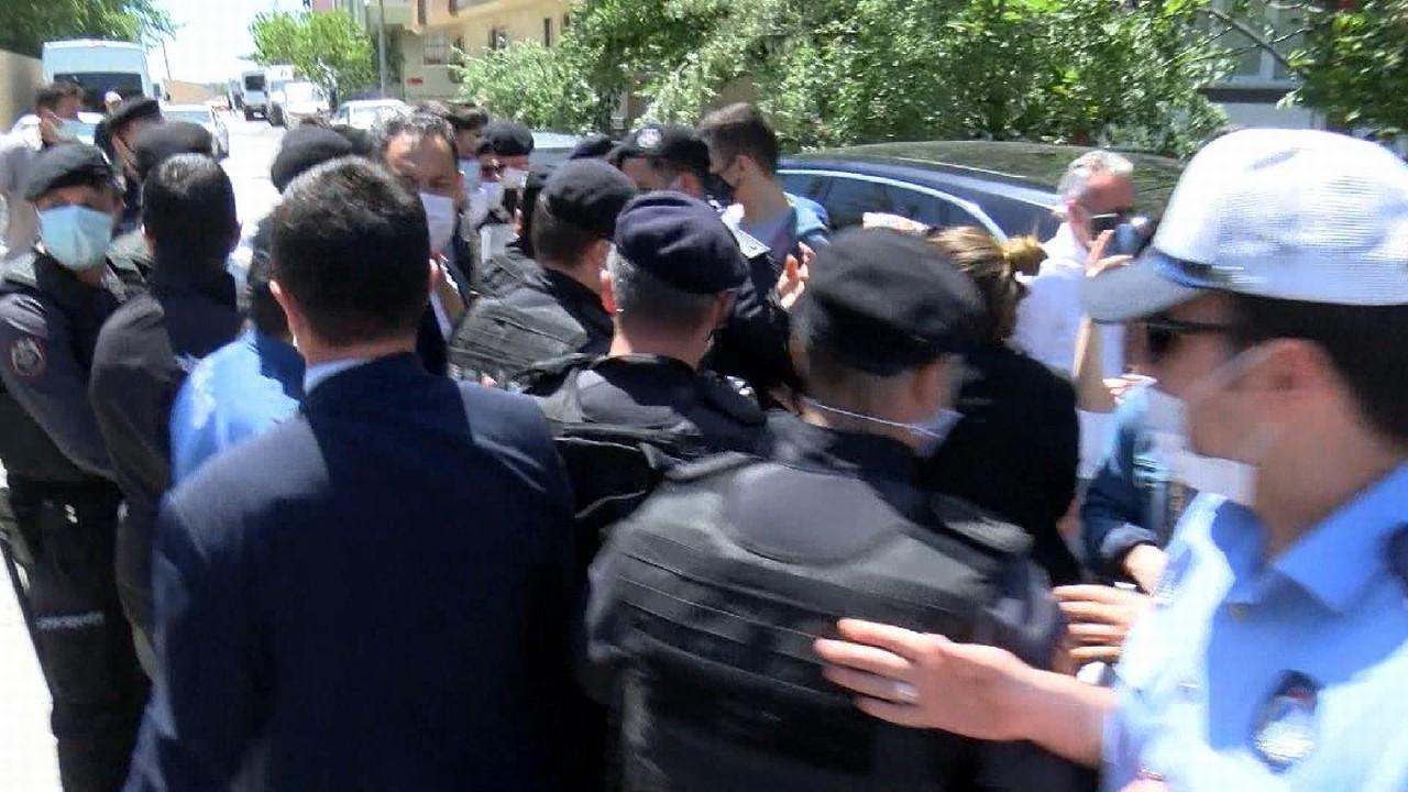 Ekrem İmamoğlu'na kentsel dönüşüm protestosu