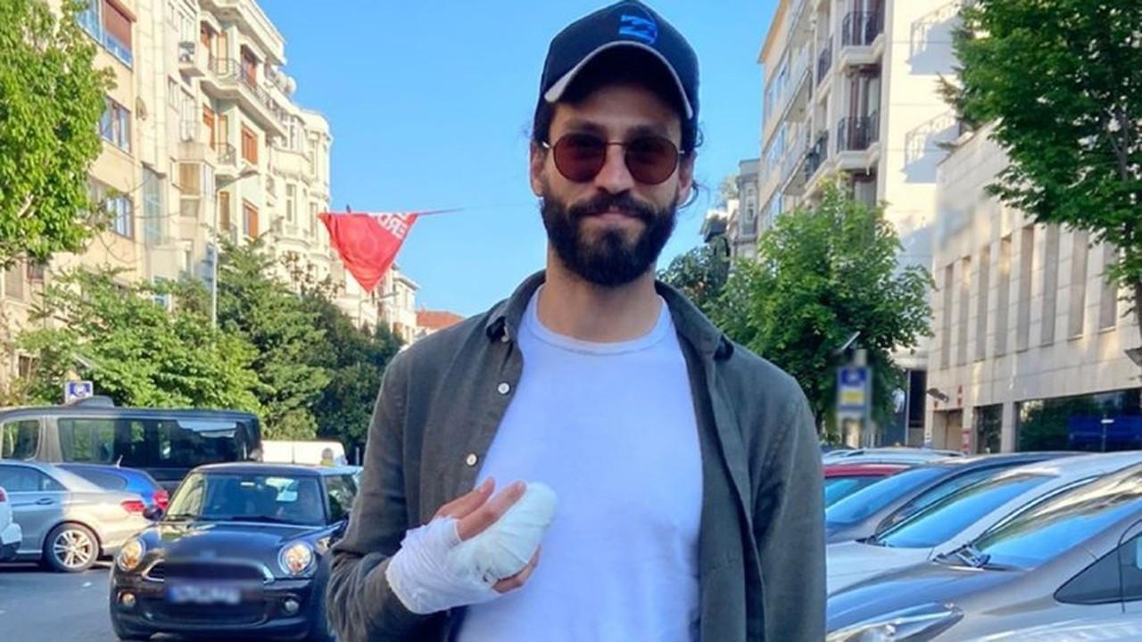 Ekin Koç'un parmağı kırıldı