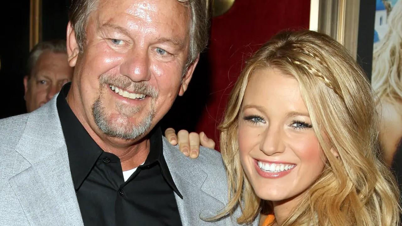 Blake Lively baba acısıyla sarsıldı