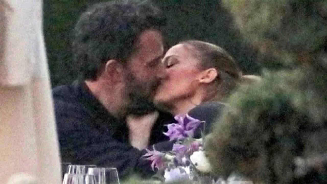 Ben Affleck-Jennifer Lopez aşkı tam gaz devam