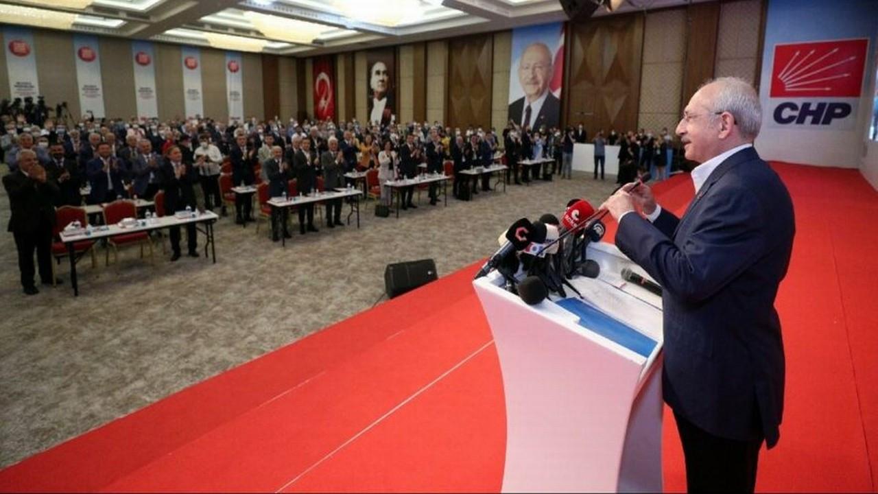 """Kemal Kılıçdaroğlu sordu: """"Kim bu ahlaksız adam?"""""""