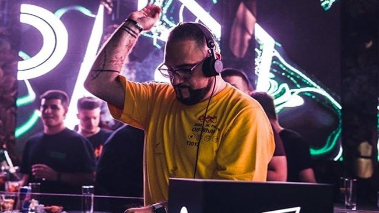 Ünlü DJ elektrik akımına kapıldı!