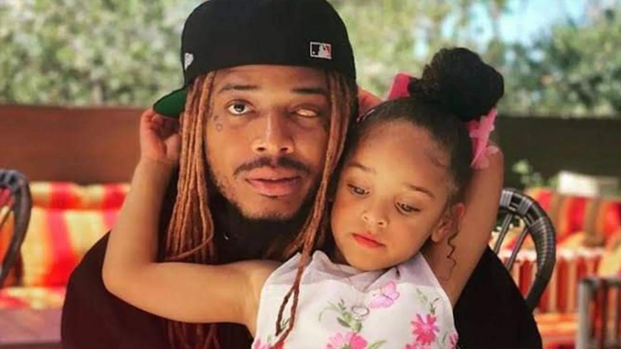 Ünlü şarkıcının kızı uykusunda can verdi