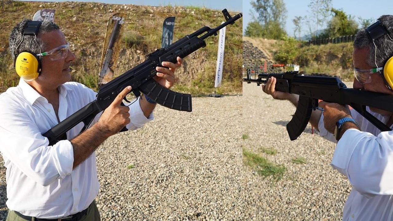 Silahla poz veren Hakan Çelik büyük tepki çekti